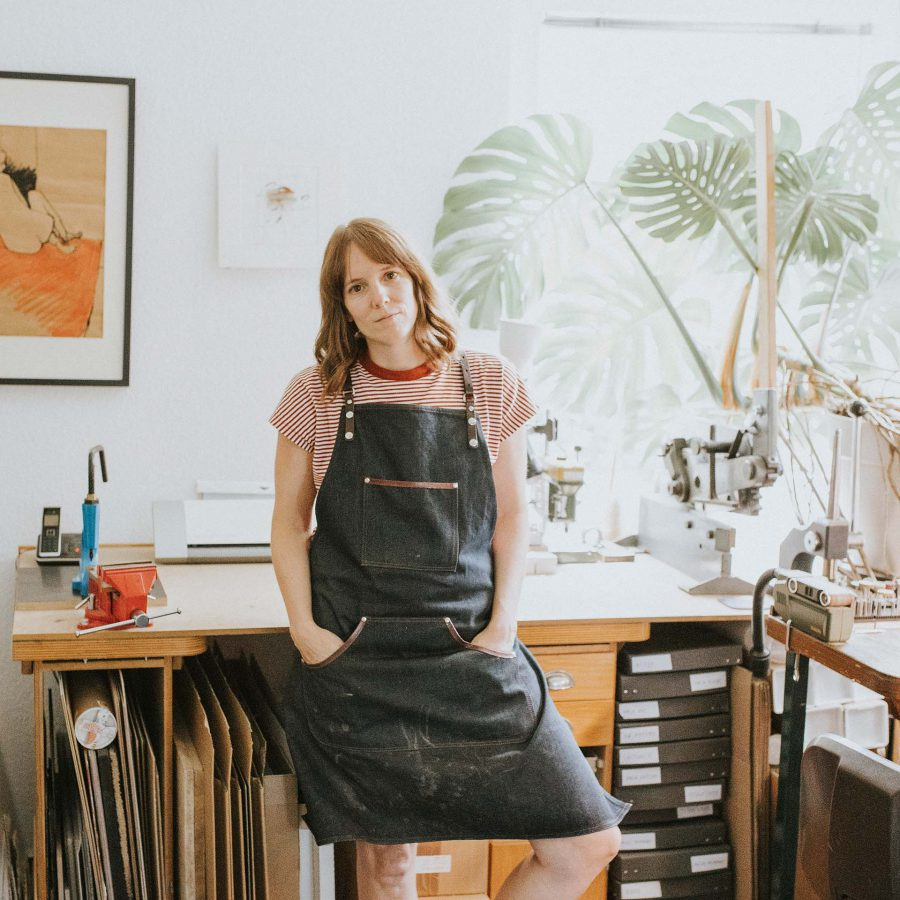 Portrait ChristinaPauls - slow jewellery - Schmuckdesignerin -Goldschmiedin - Businessportrait - Reportage Dokumentation